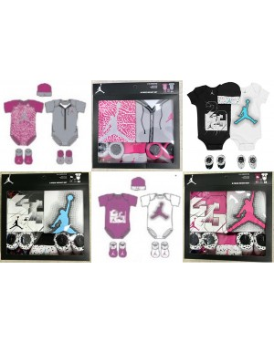 Jordan Nike Baby Boys or Baby Girls 5 pieces infant 0-6 months gift box